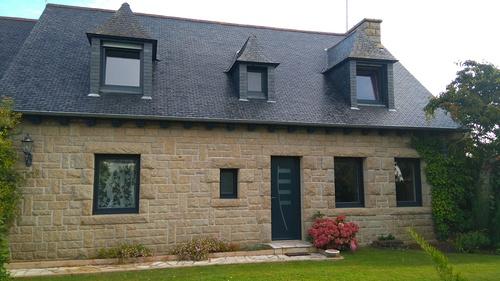 Fenêtres et porte d''entrée alu anthracite - Plouagat