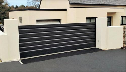 Portail alu coulissant Art et Fenêtre - design contemporain