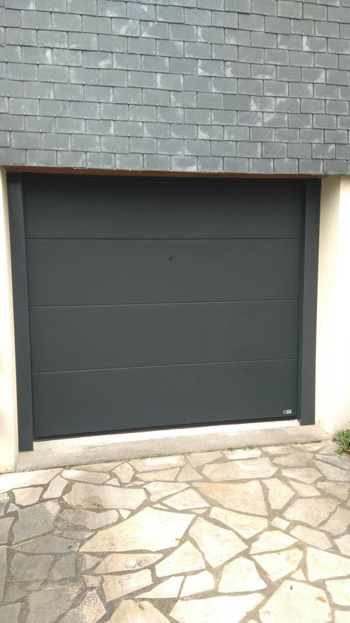Porte de Garage sectionnelle gris Anthracite - Saint Brieuc - 22 - Bretagne