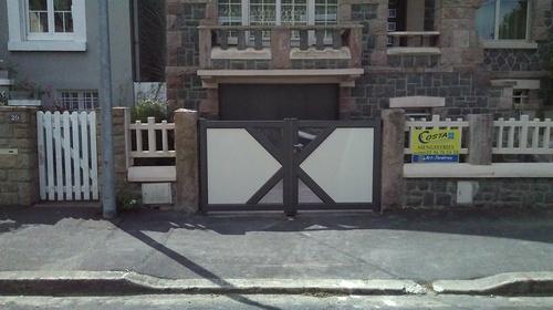 Portillon et portail 2 vantaux -alu bicolor - St brieuc