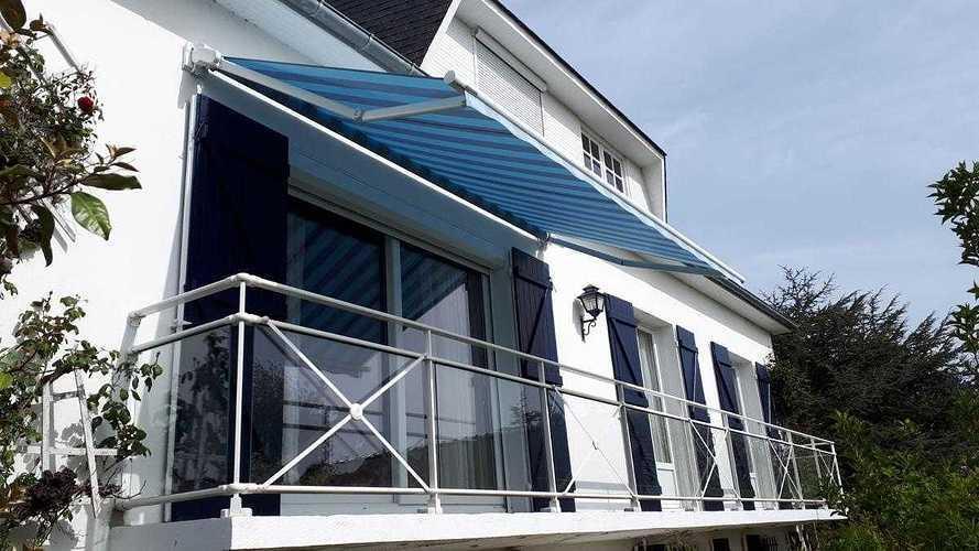 Store terrasse Markilux avec motorisation Somfy. 2622